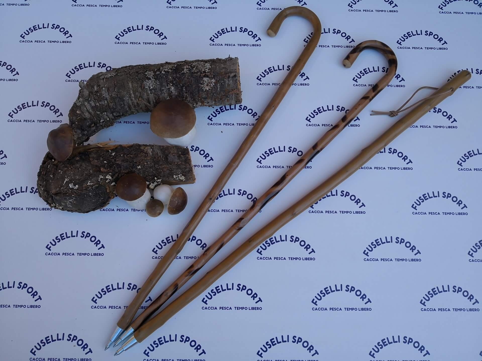 bastoni legno raccolta funghi